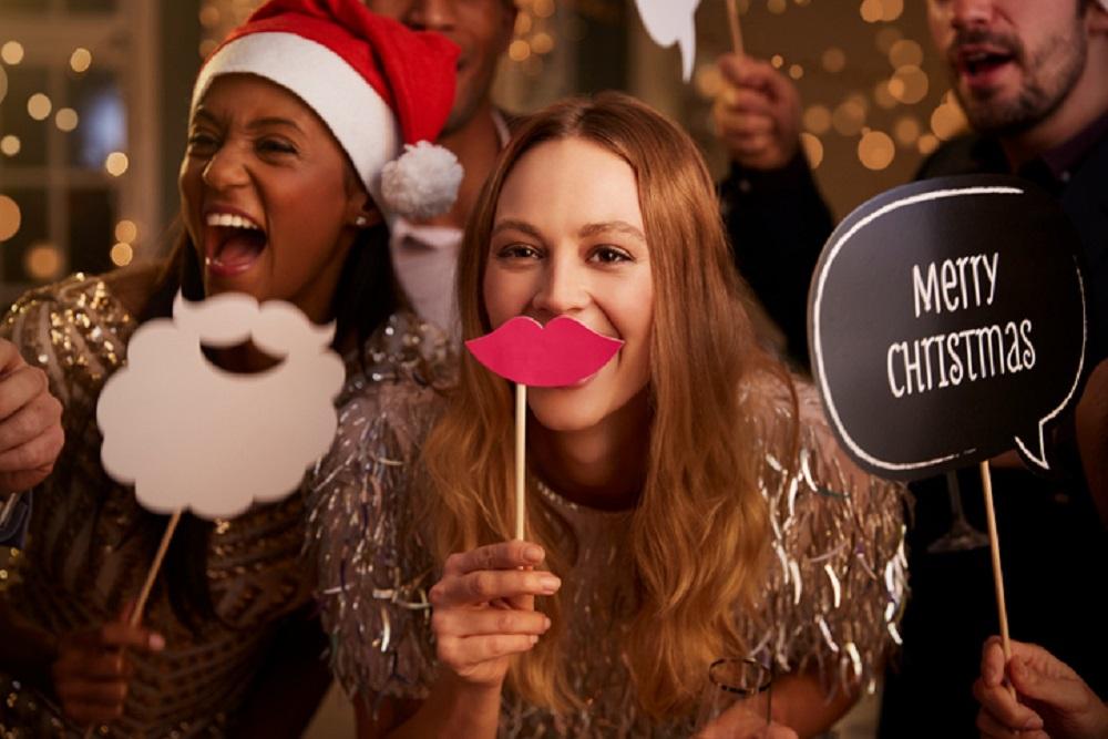 Foto-Ecke als Firmenweihnachtsfeier-Idee für die richtige Stimmung