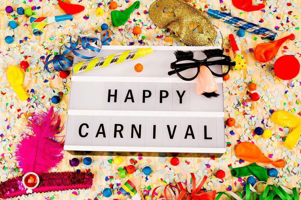 Faschingsdeko Basteln 4 Ideen Um Karneval Deko Selber Zu Machen