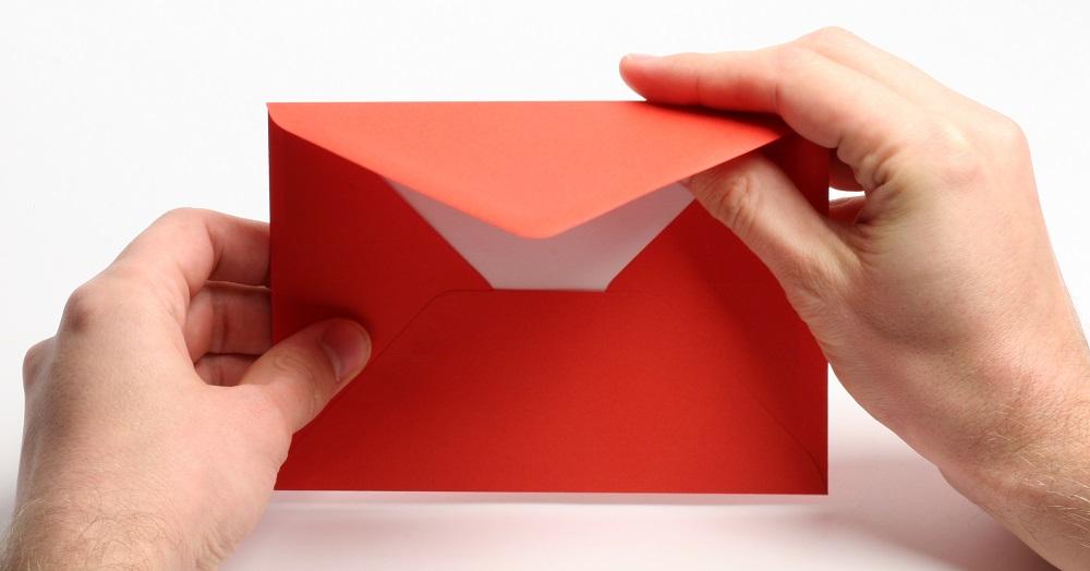 gratulation zur hochzeit geschäftlich per Brief in rotem umschlag