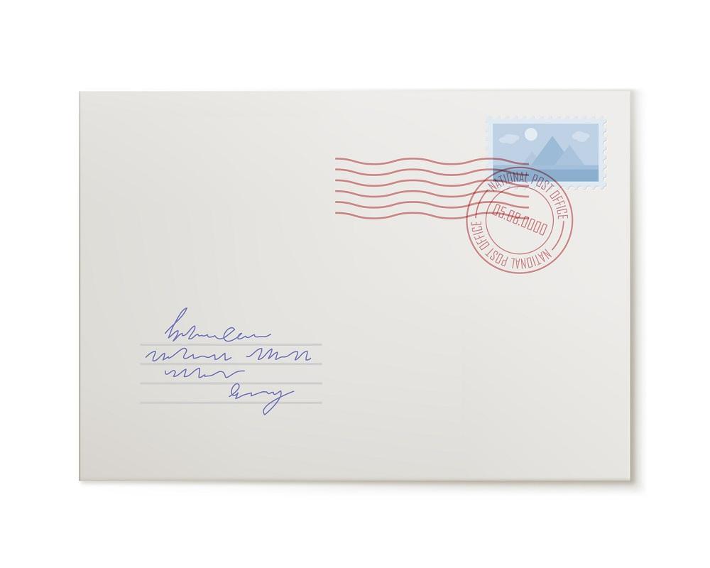 von Hand beschrifteter Briefumschlag als Kuvert für die Glückwünsche zur Hochzeit geschäftlich