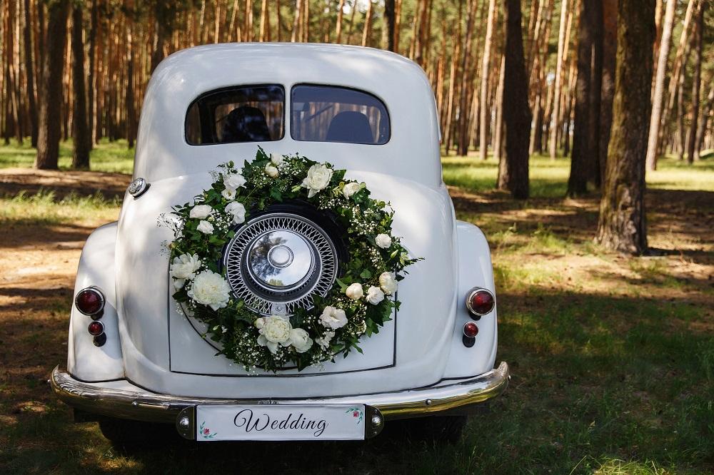 Hochzeit planen: Ein Hochzeitsauto mieten