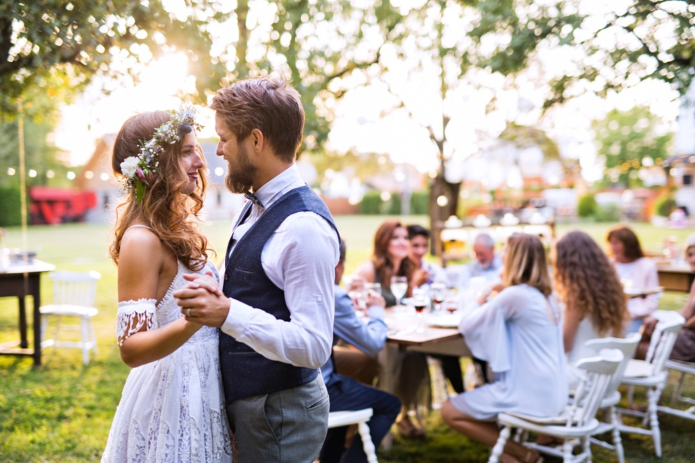 Hochzeit planen im Freien