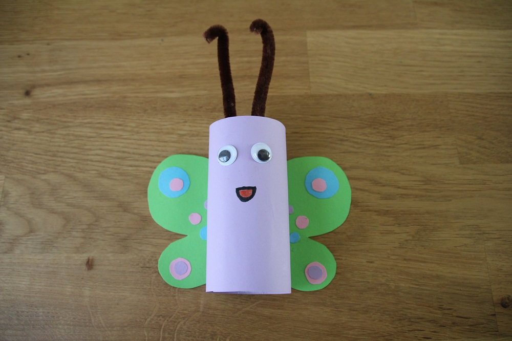 Schmetterling aus Klopapierrollen