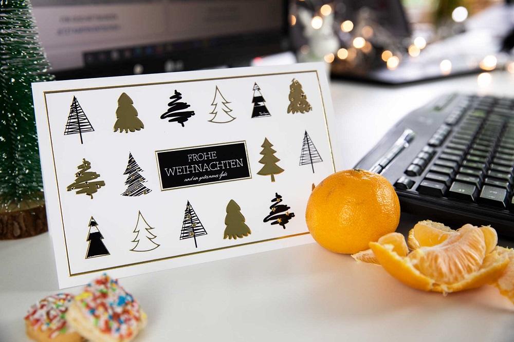 Weihnachtskarte an Mitarbeiter mit Danksagung zum Jahresende