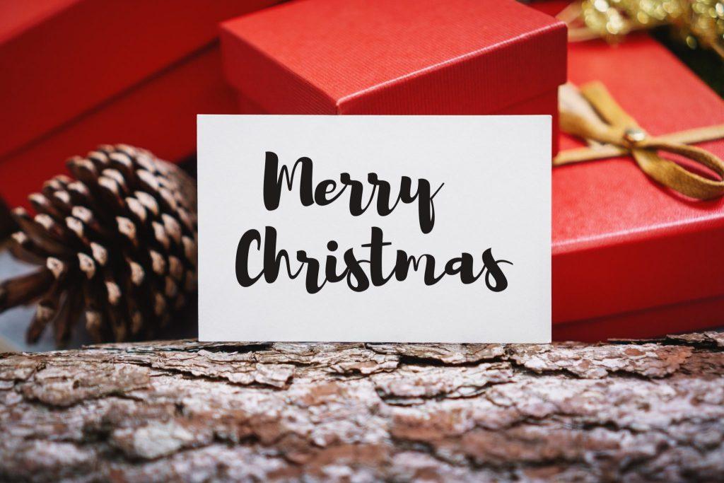 """Typografie-Weihnachtskarte mit """"Merry Christmas"""""""