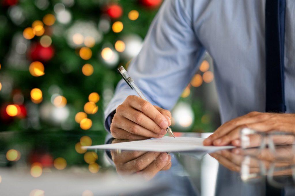 Chef formuliert Danksagung zu Weihnachten