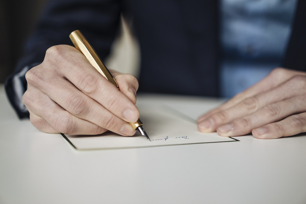 korrekte Anrede in Brief verwenden