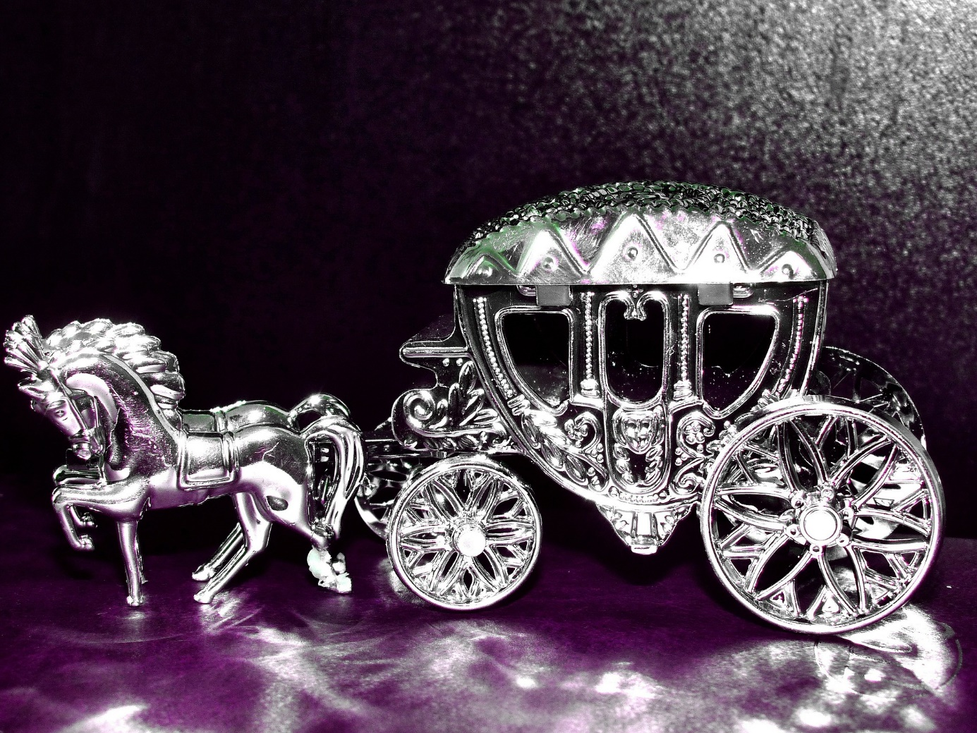 Pferdekutsche aus Silber
