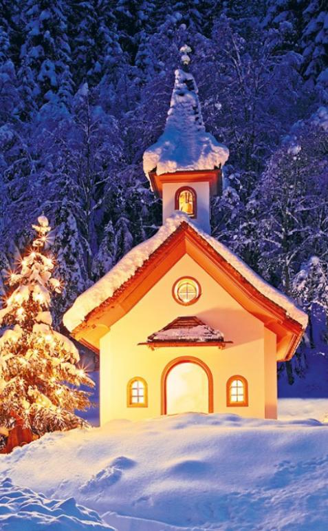 verschneite Kirche
